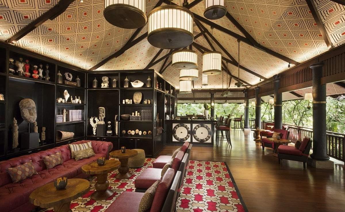 Huna Bar des Luxushotels auf Praslin