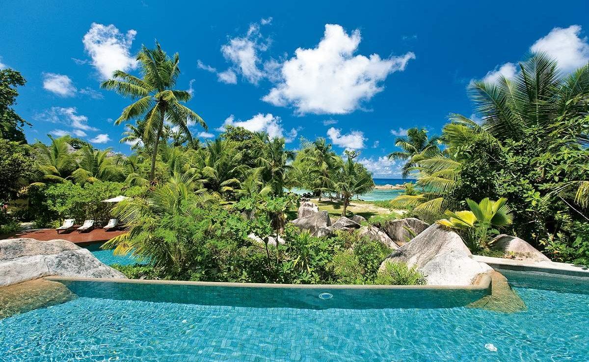 Vom Pool des Lemuria können Sie auf den Indischen Ozean schauen