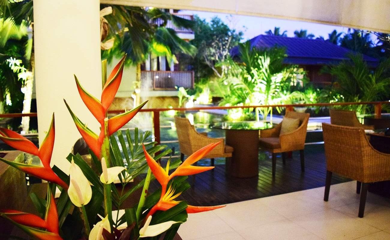 Pond Restaurant in Dhevatara Beach