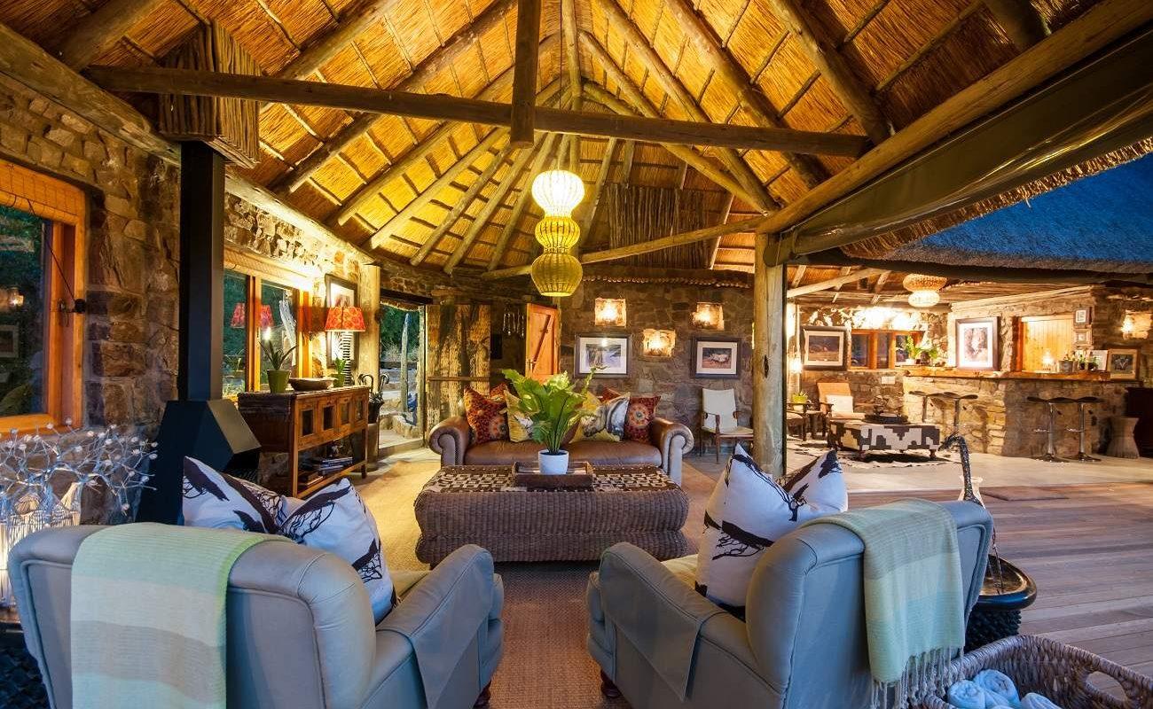 Lounge des Hillsnek Safari Camps