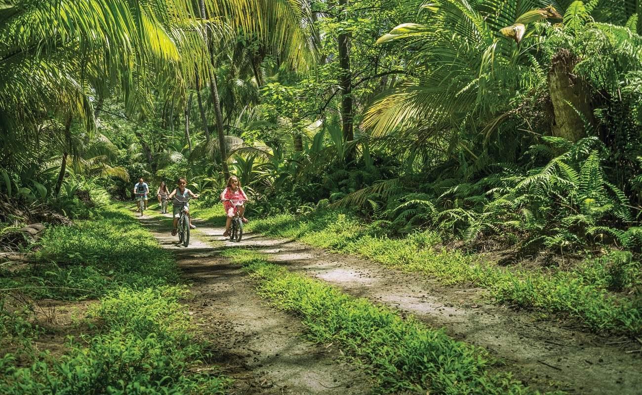 Fahrradtour auf der Amiranteninsel Desroches