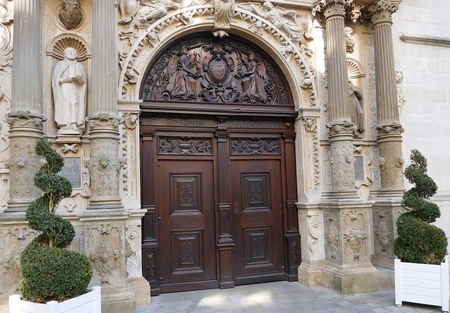 Hauptportal Kathedrale Notre Dame Luxemburg