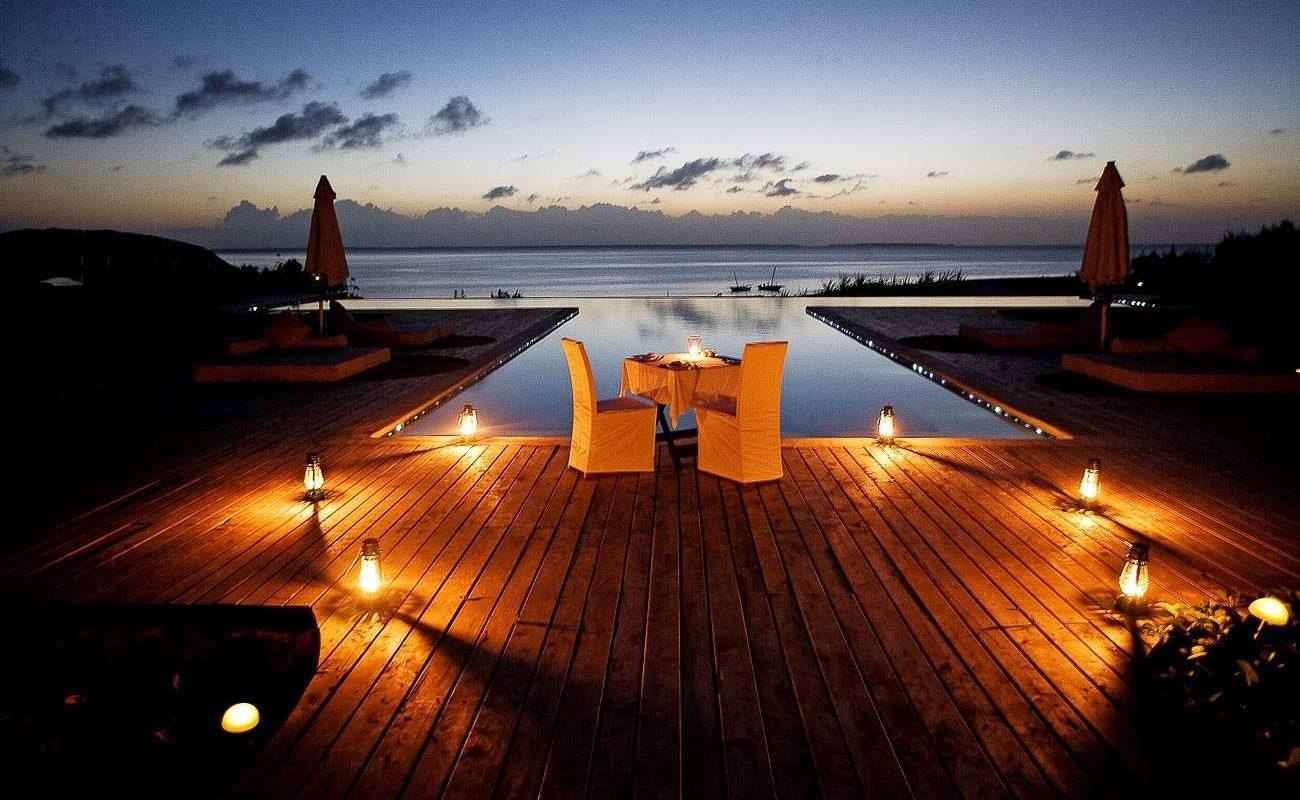 Ein romantisches Dinner auf Sansibar