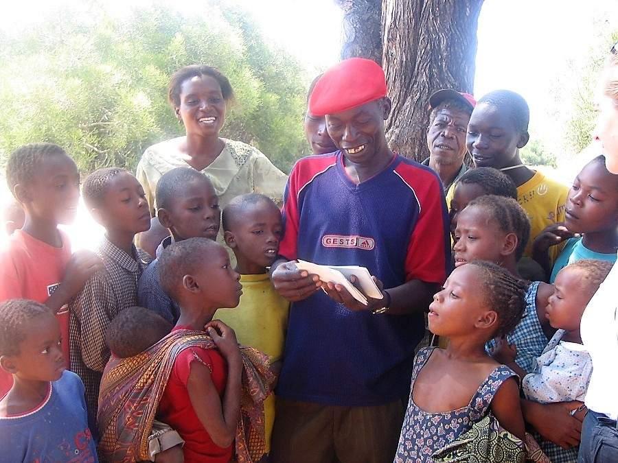 Geld für Fotos in Afrika