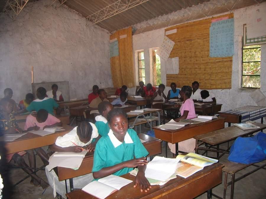 Schulbesuch in Sambia