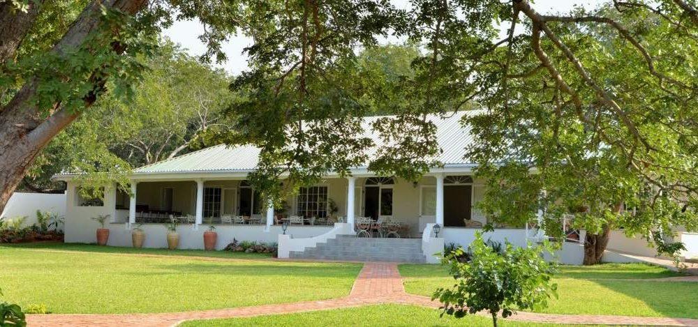 Buchen Sie die Batonka Guest Lodge mit Afrika Spezialist Genuss Touren