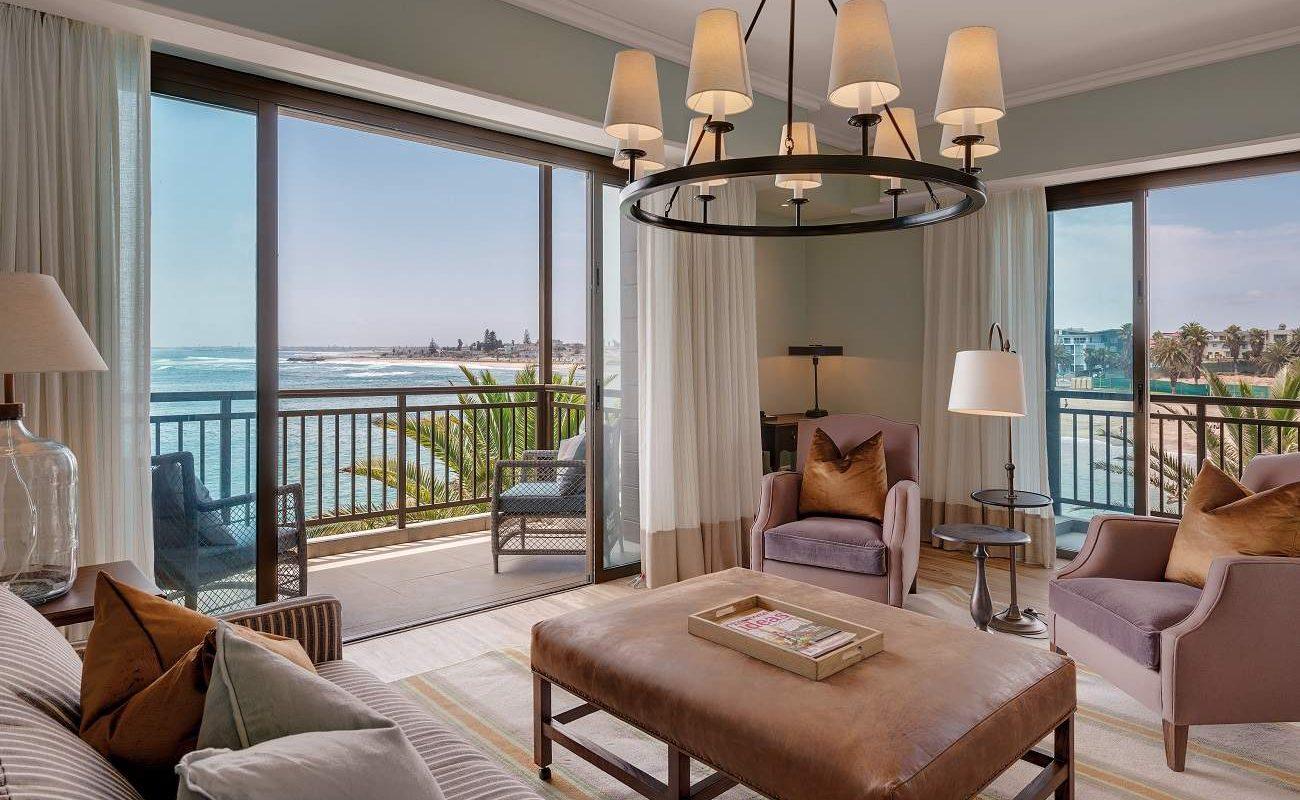Lounge der Luxury Suite im Strand Hotel