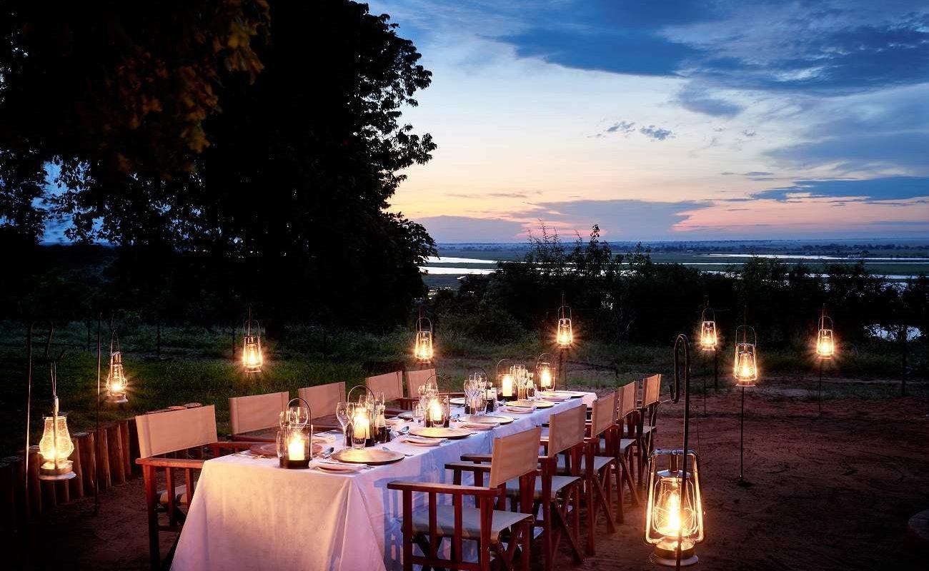 Dinner al fresco in Chobe Chilwero