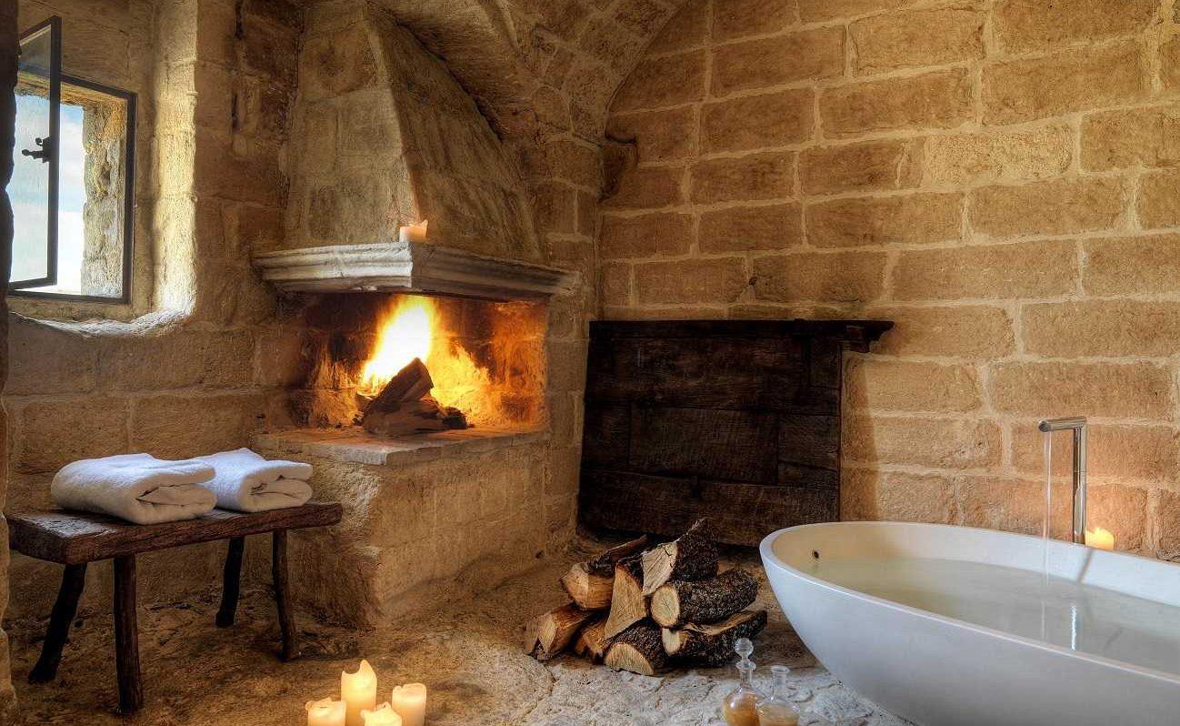 Badezimmer der Executive Suite in der Grotta della Civita