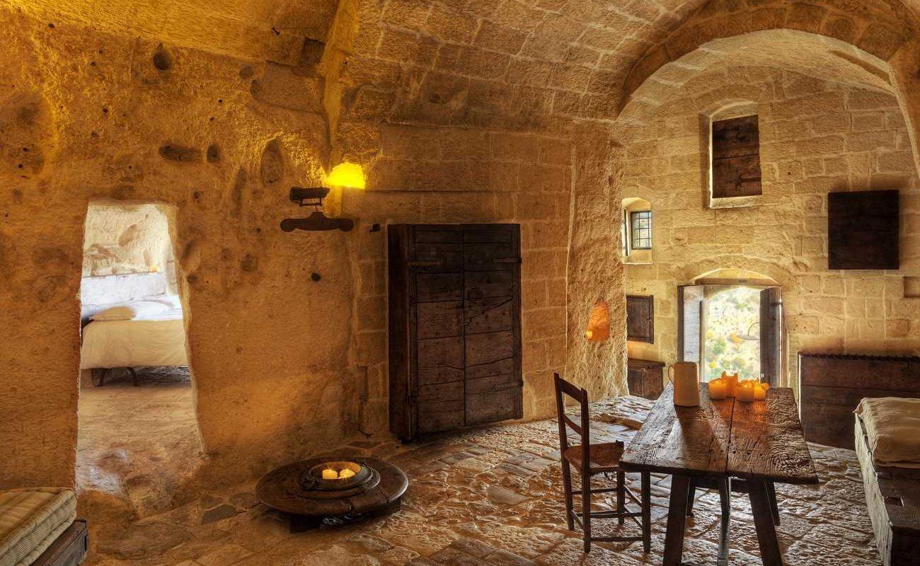 Wohnbereich der Executive Suite in der Grotte Matera
