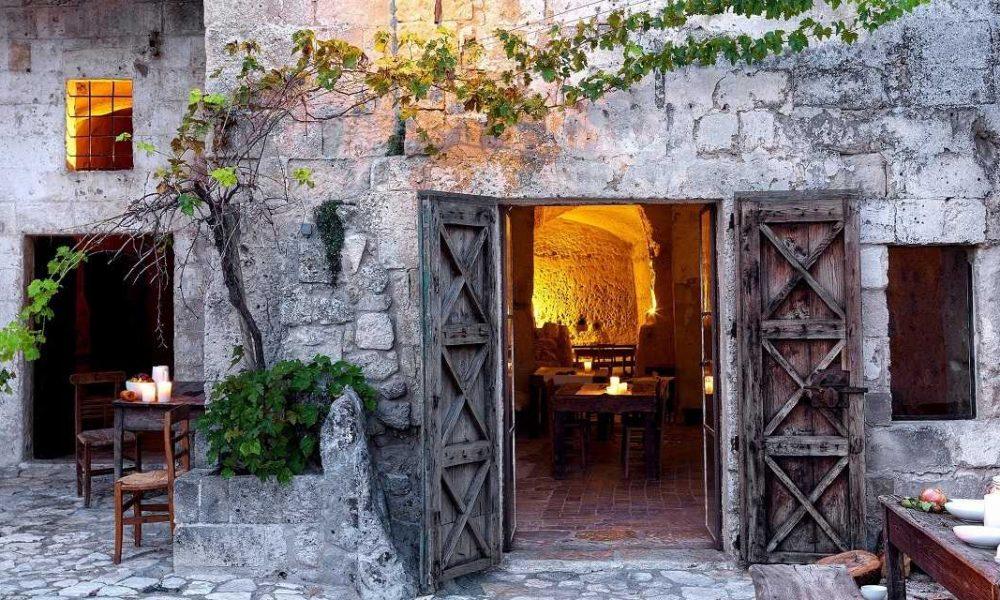Buchen Sie Grotte della Civita in Matera mit Apulien Spezialist Genuss Touren