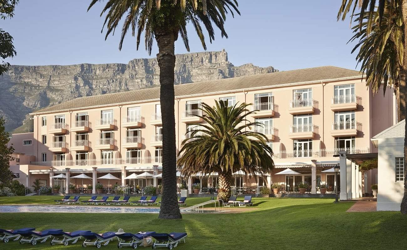 Pool des Mount Nelson in Kapstadt