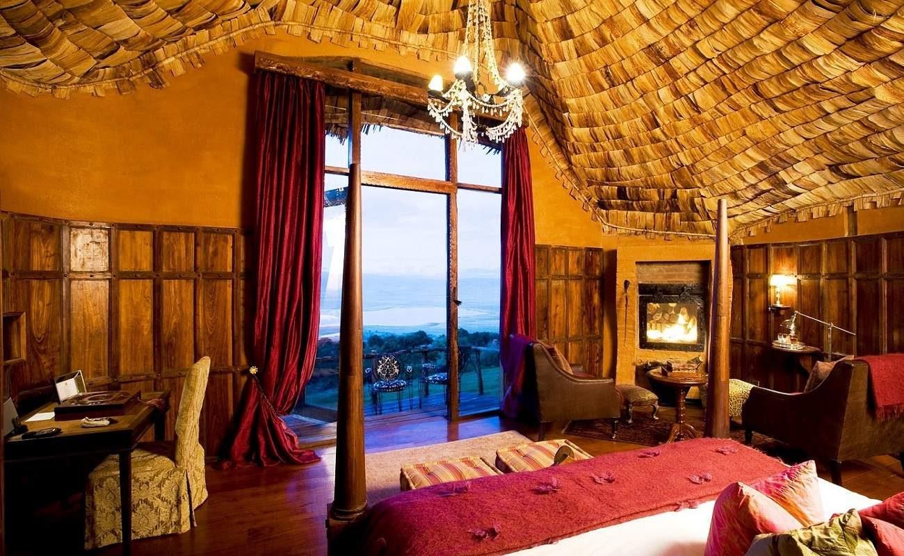 Von jedem Punkt der Luxuslodge schaut man auf den Ngorongoro Krater