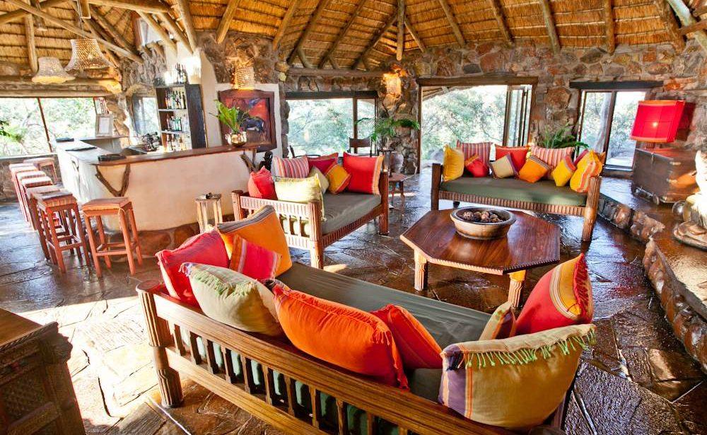 Bar und Lounge von Ant's Hill