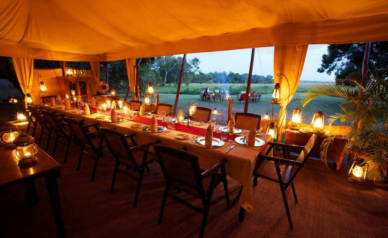 Abendessen im Elephant Pepper Camp