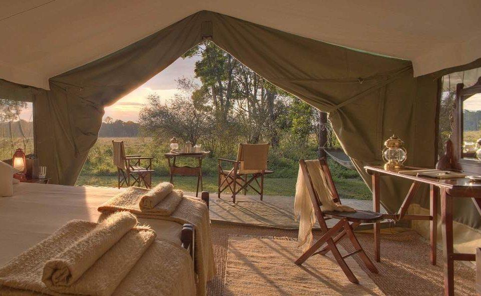 Herrliche Aussichten von der Veranda eines Luxuszeltes in der Masai Mara