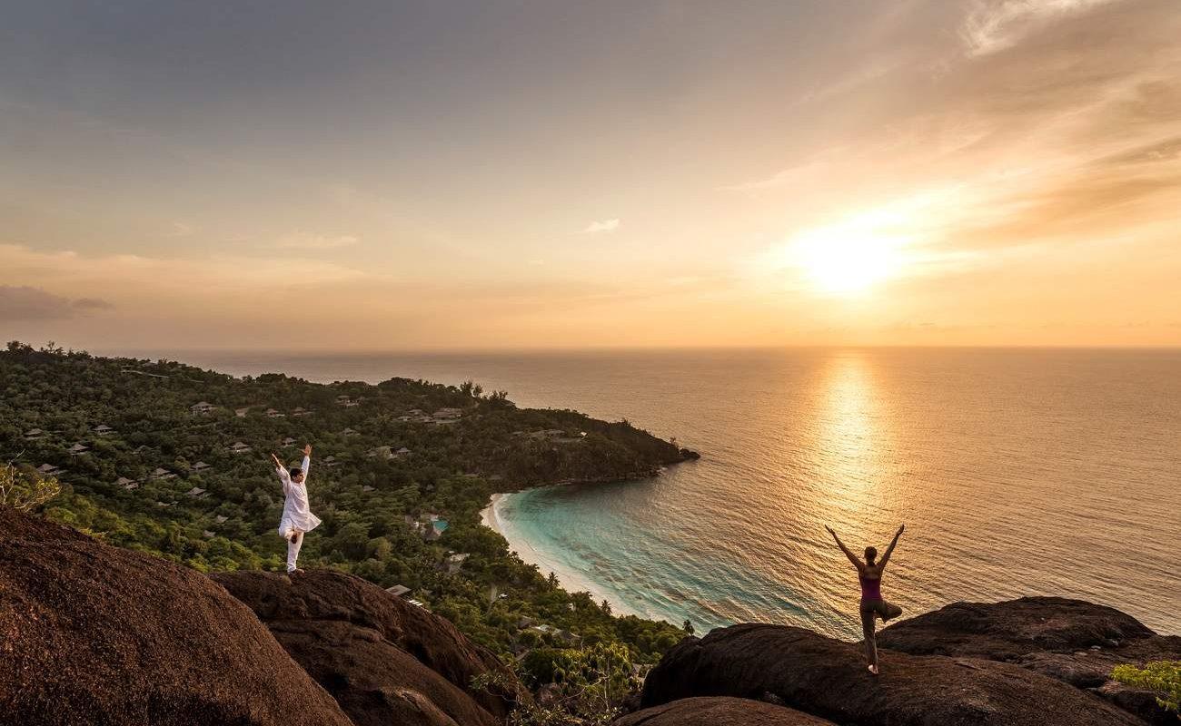Yoga im Hilltop Spa des Four Seasons