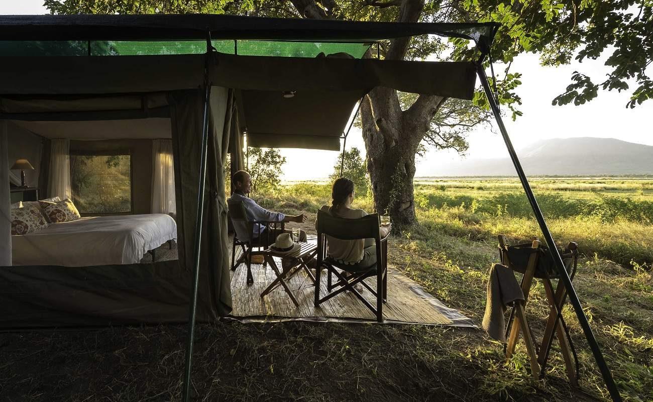 Veranda eines Zeltes im John's Camp