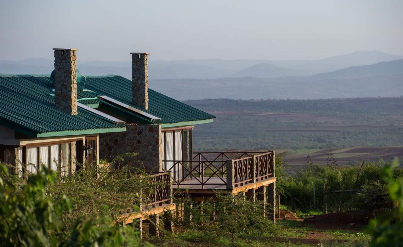 Blick auf die Suiten der Ngorongoro Oldeani Mountain Lodge