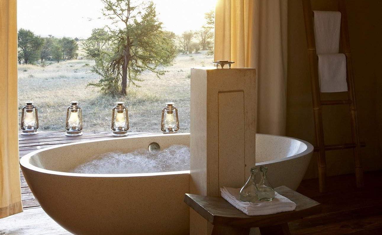Badezimmer mit Blick auf die Serengeti
