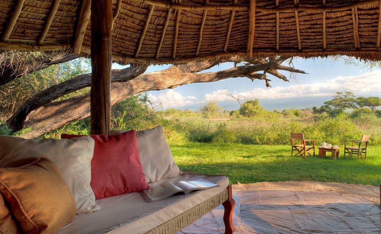 Veranda eines Luxuszeltes von Tortilis, Amboseli