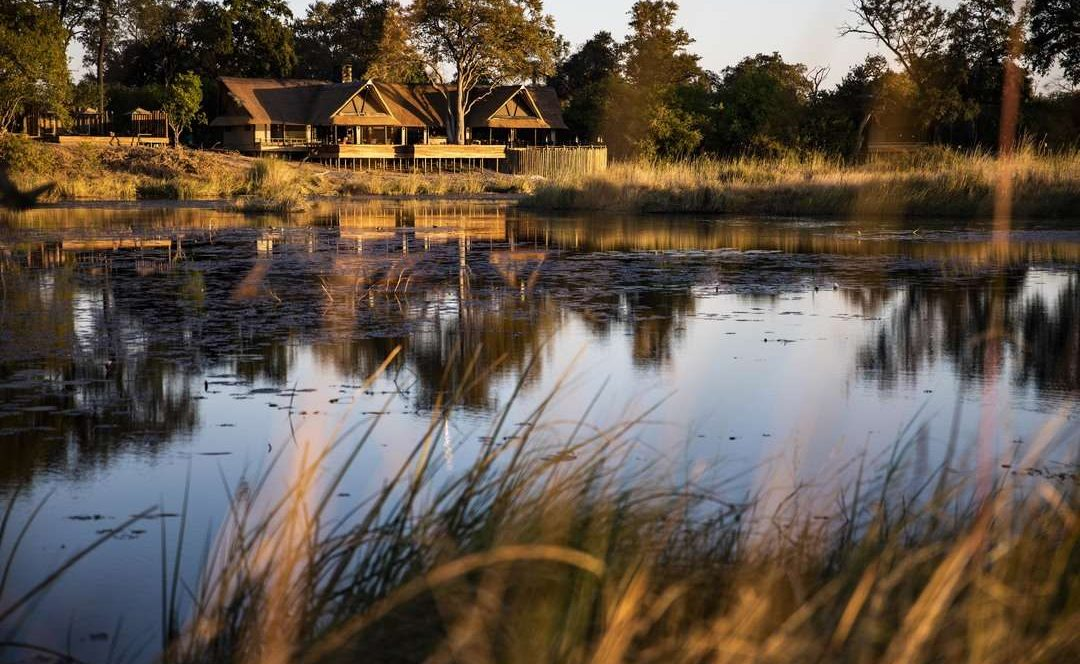 Gesamtansicht des Luxuscamps Kings Pool, Wilderness Safari Botswana