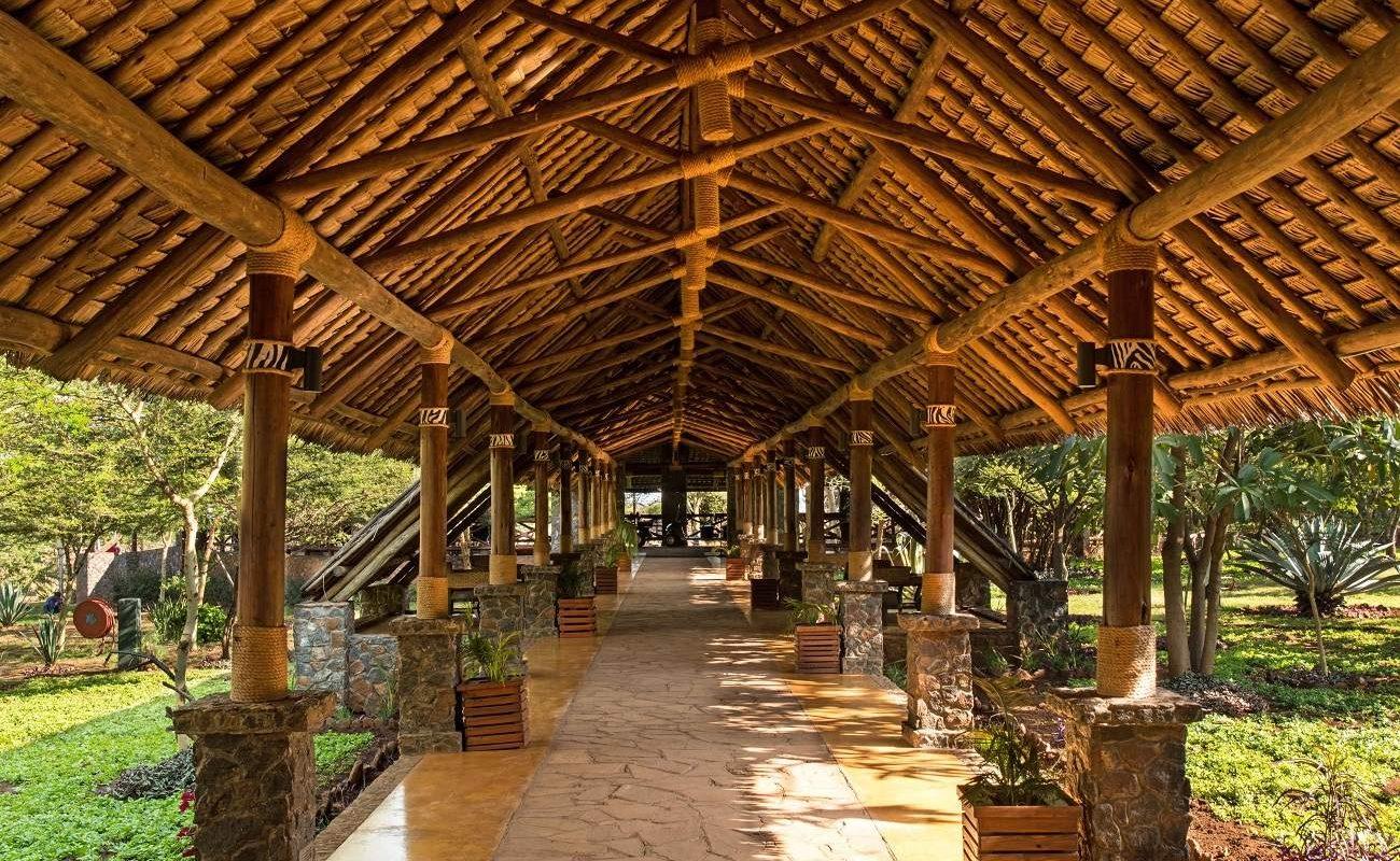 Eingang zur Lake Manyara Kilimamoja Lodge