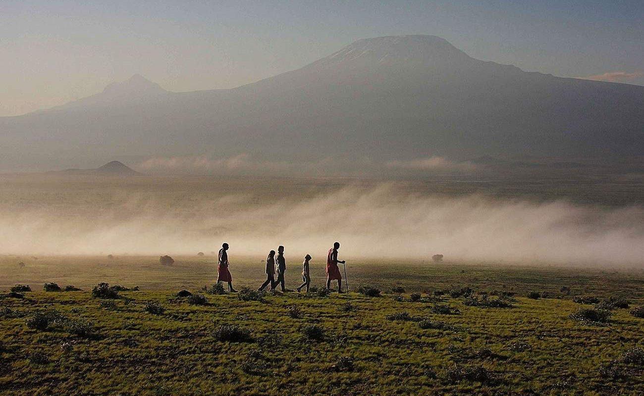 Wanderung mit Blick auf den Kilimanjaro