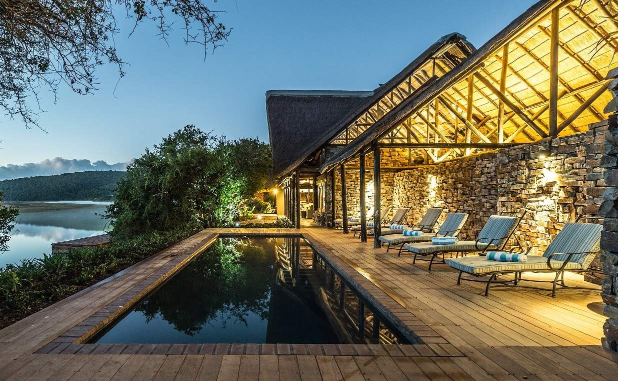 Pool der Kariega River Lodge