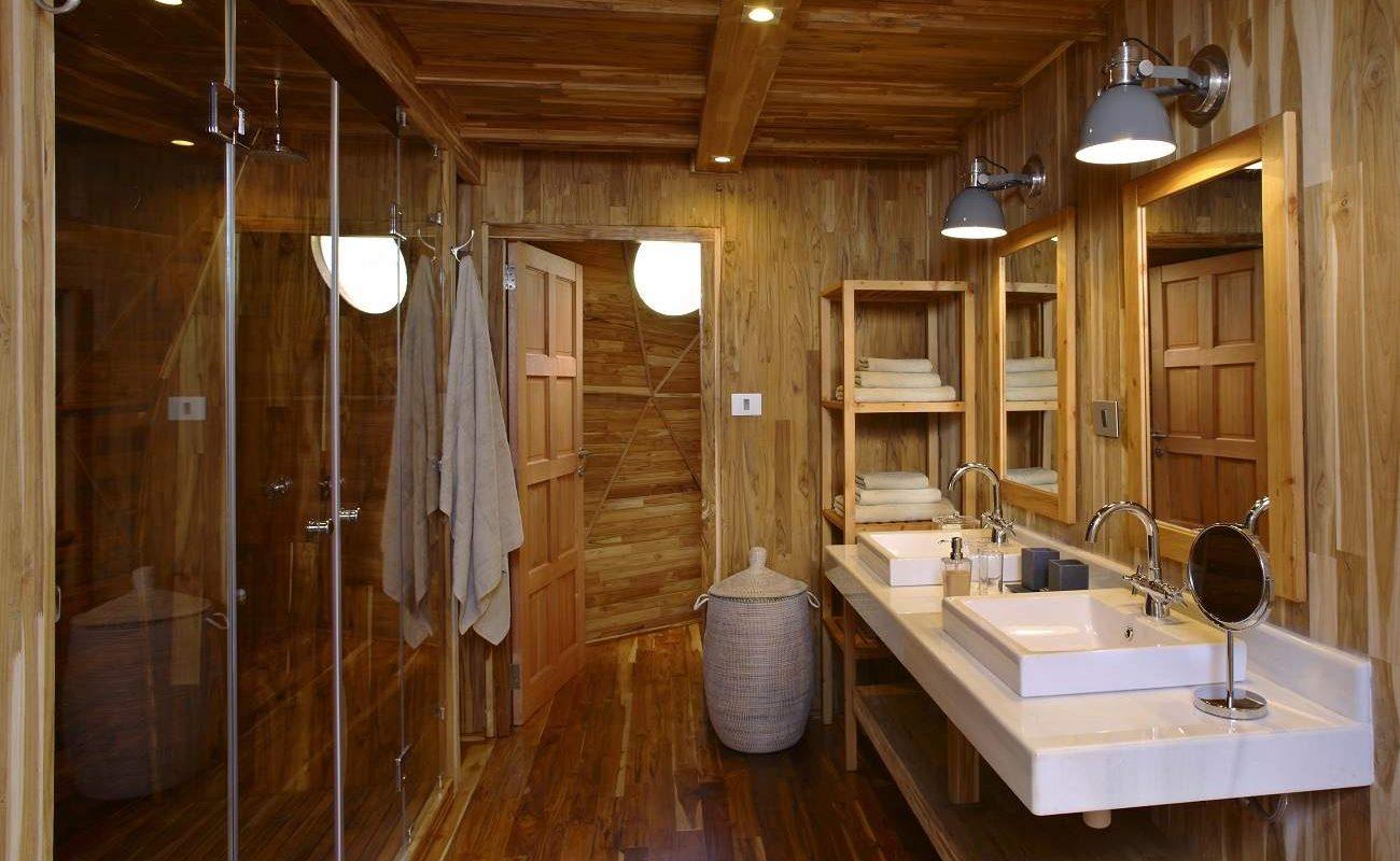 Badezimmer eines Domes im The Highlands