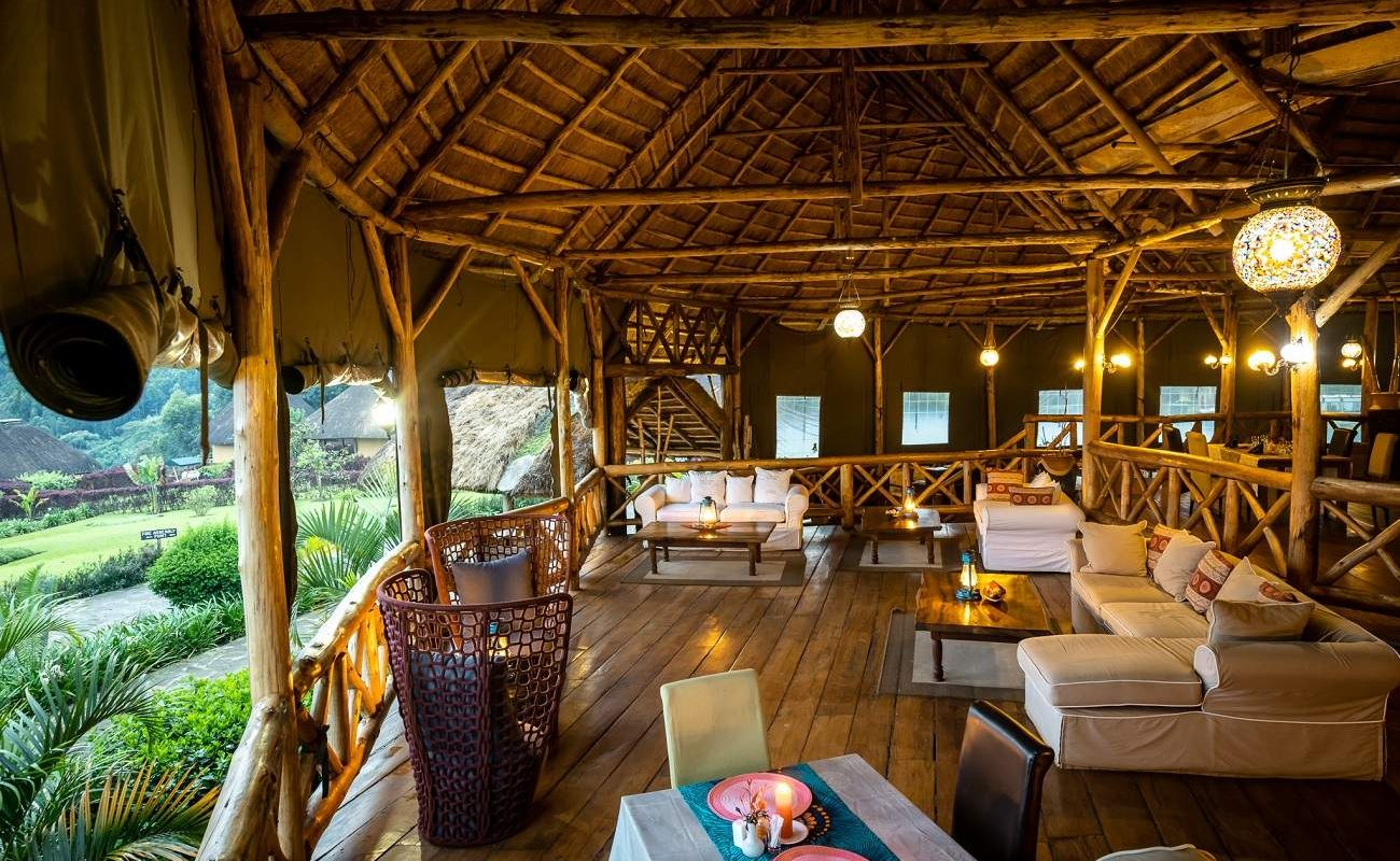 Lounge der Crater Safari Lodge