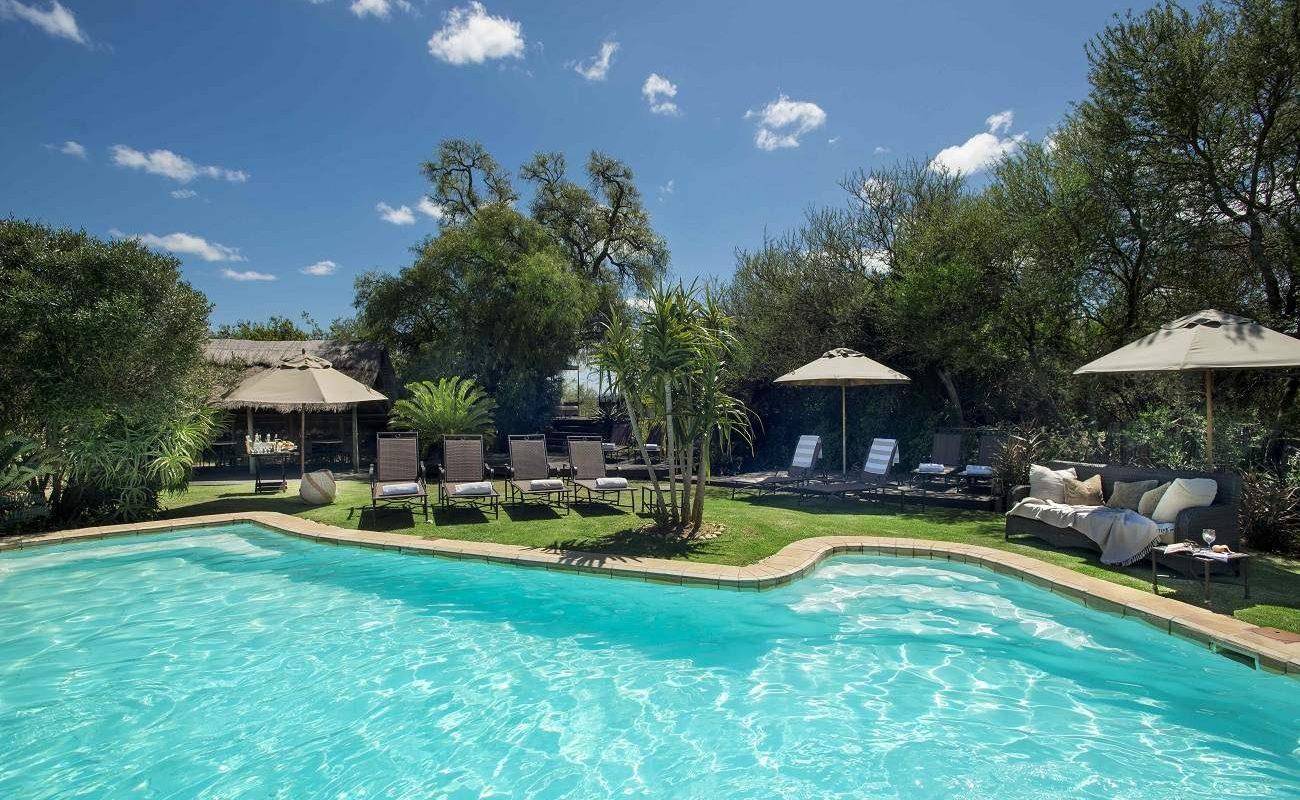Pool im Gorah Elephant Camp