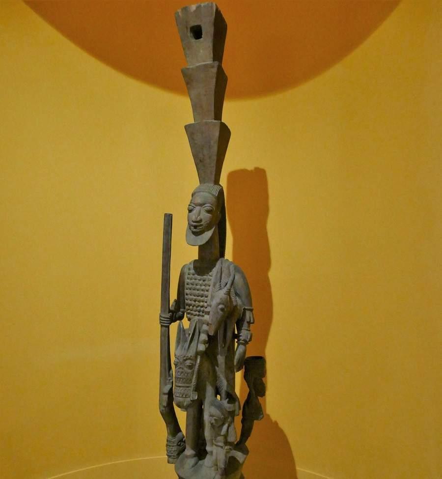 Yoruba Pfosten