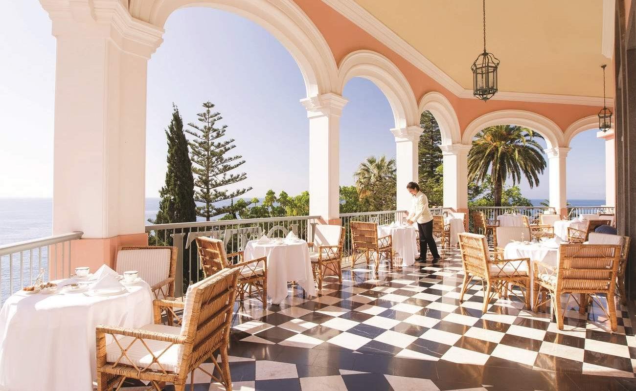 Afternoon Tea auf der Terrasse des Belmond Reid's Palace