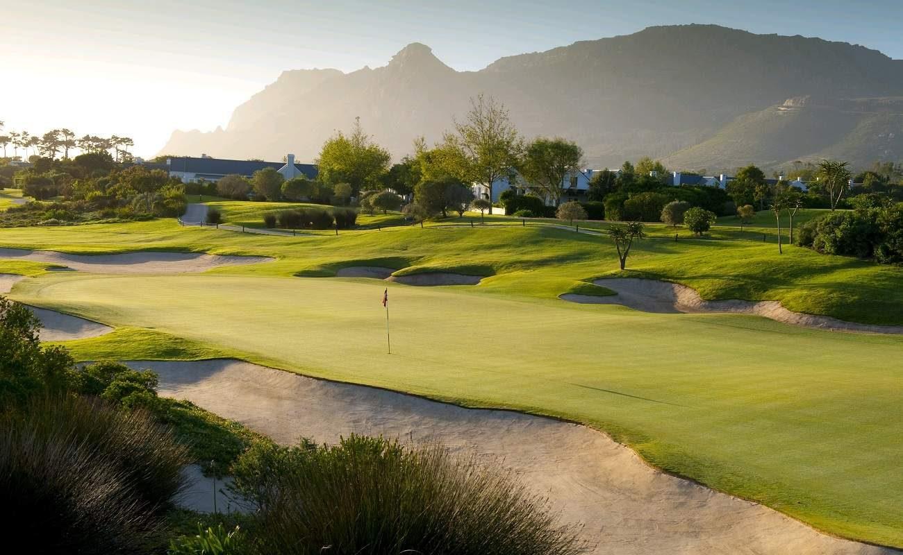Golfplatz und Hotel von Steenberg