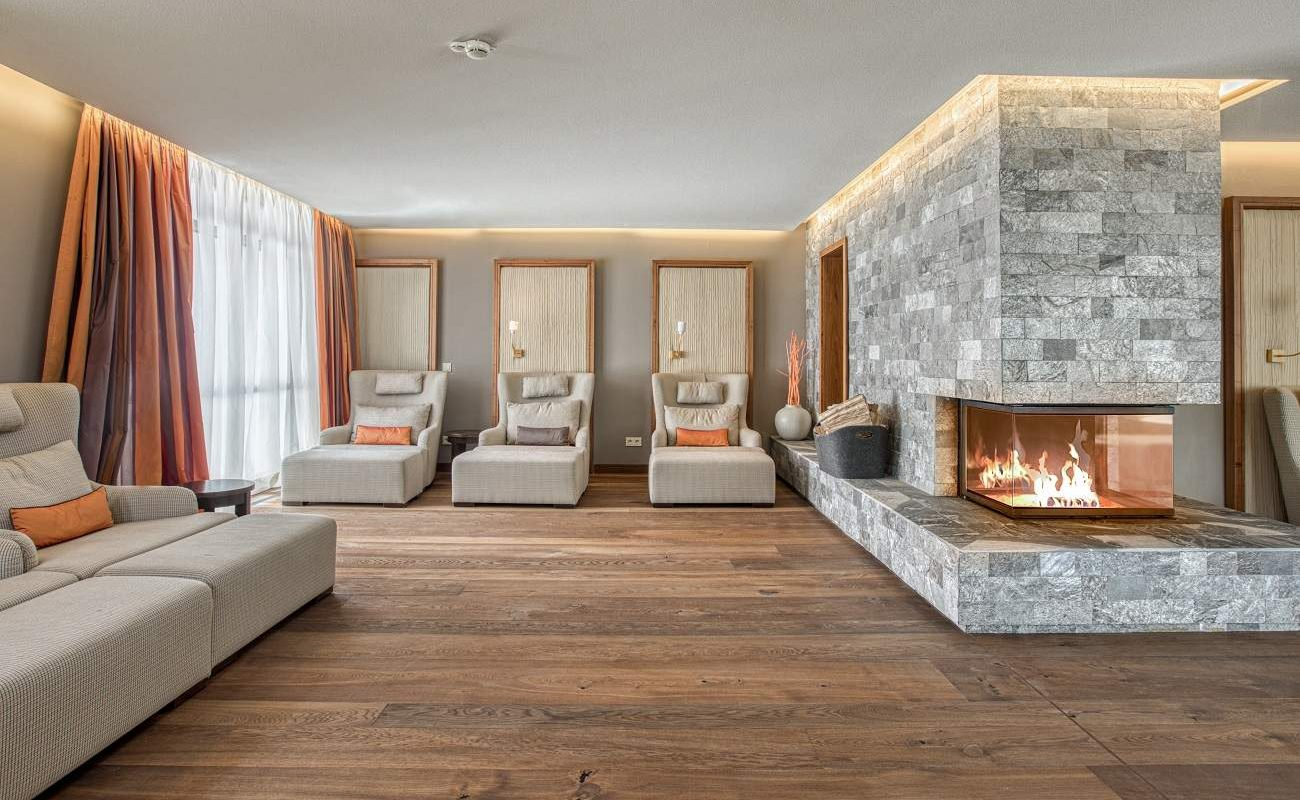 Einer der Ruhebereiche im SPA des Luxushotels Friedrichsruhe