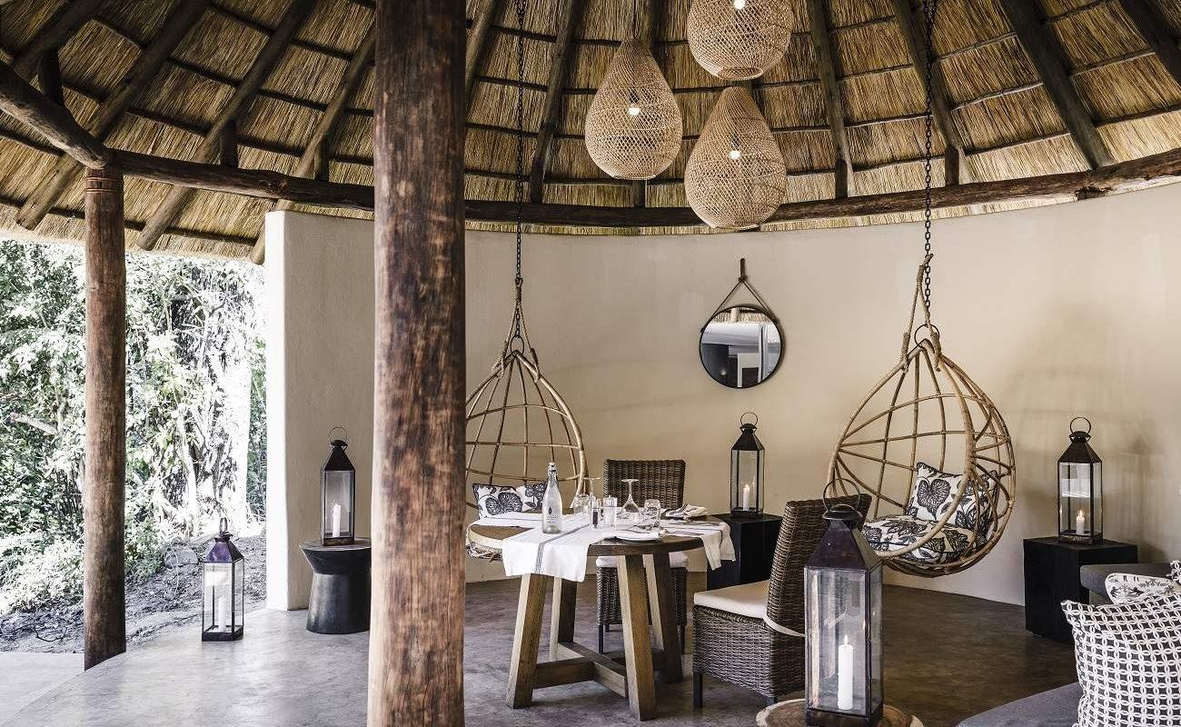 Lounge von Sussi & Chuma