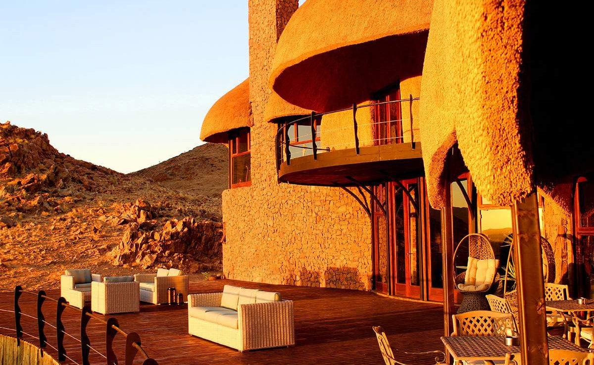 Haupthaus der Desert Hills Lodge