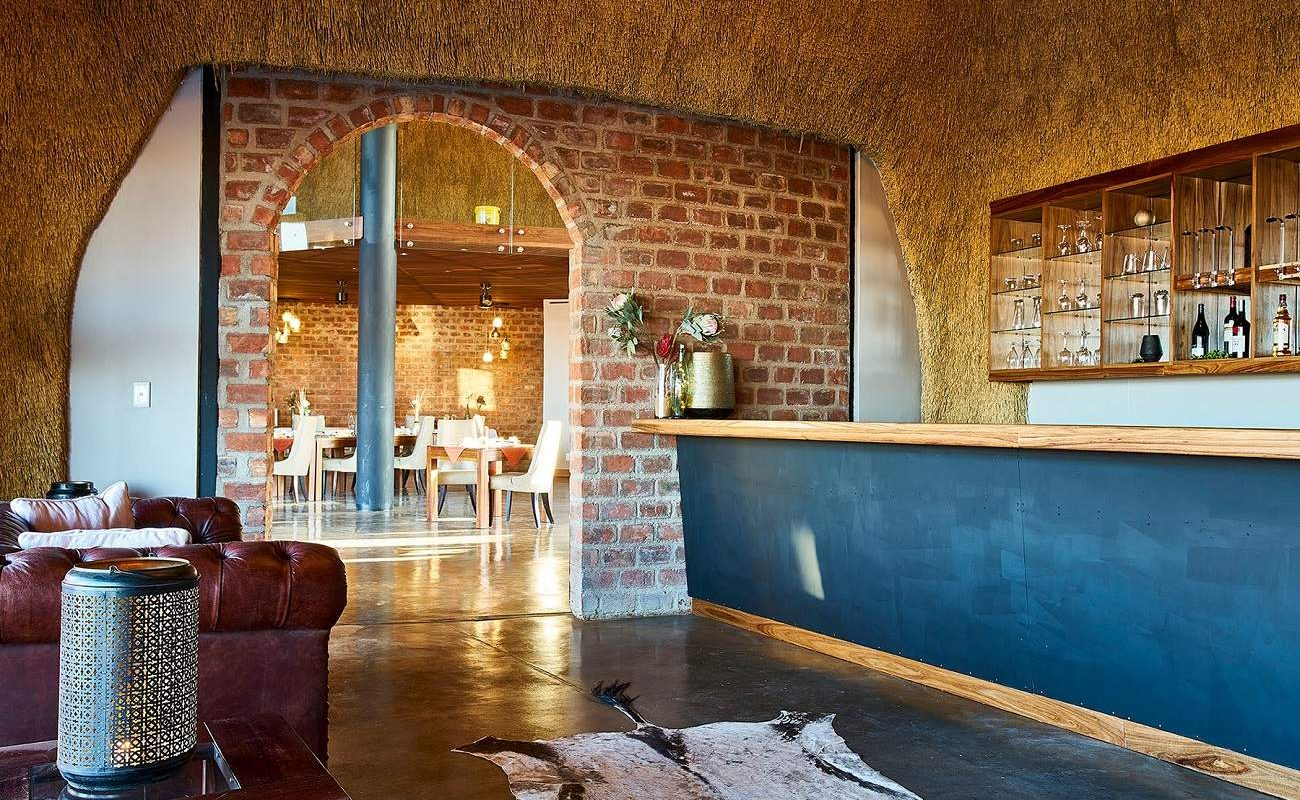 Restaurant und Bar in der Desert Hills Lodge