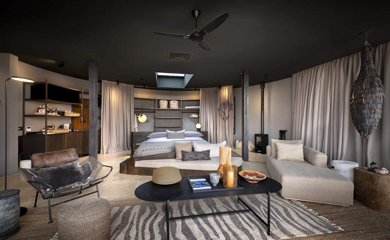 Eine luxuriöse Suite in der Sossusvlei Desert Lodge