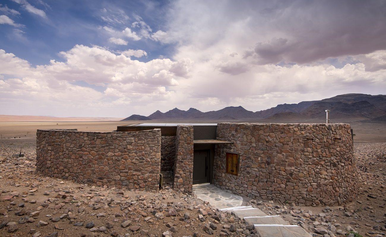 Außenansicht einer Suite in der Sossusvlei Desert Lodge