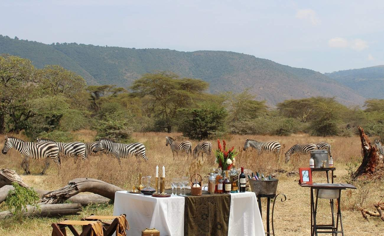Lunch am Boden des Ngorongoro Kraters