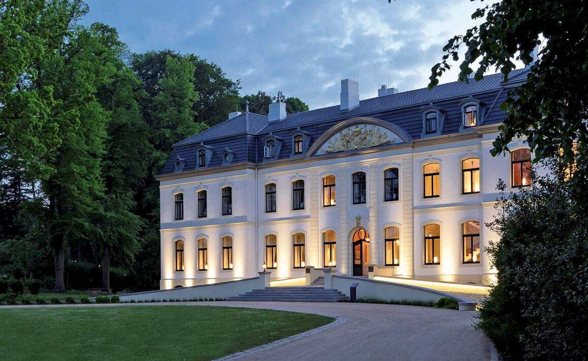 Historisches Schloss von Weissenhaus
