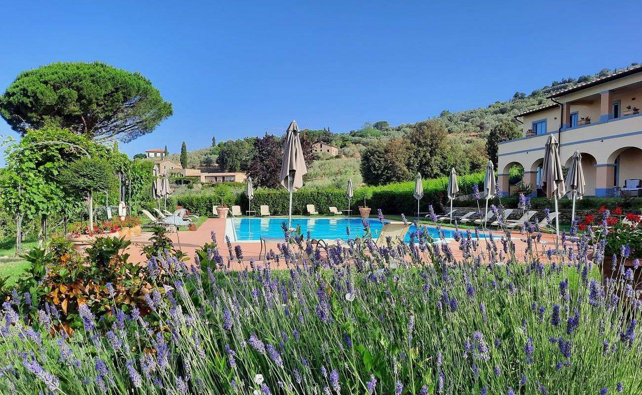 Pool des La Vigna im Il Falconiere