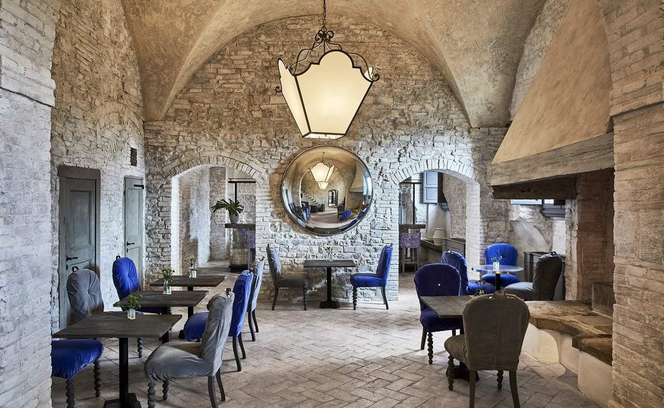 La Taverna Restaurant, COMO Toskana